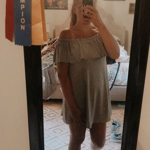 NWT Offf the shoulder dress